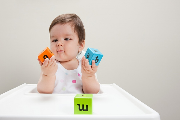 Các trò chơi giúp bé tăng cường trí tuệ