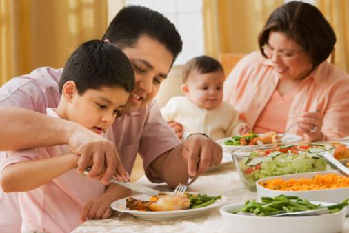 5 sai lầm của cha mẹ hạn chế sự phát triển của trẻ